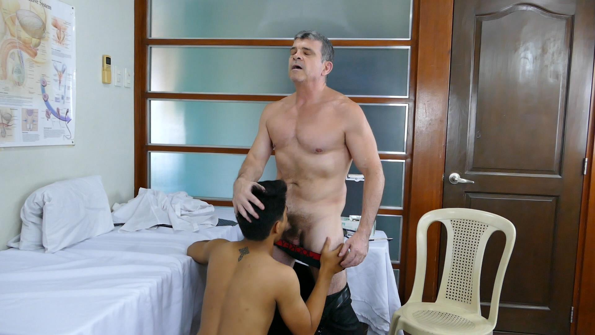Daddys-Asians-Twink-Gets-Bareback-Fucked-By-Older-Man-15 Horny Asian Boy Takes A Hairy Daddy Dick Raw Up The Ass